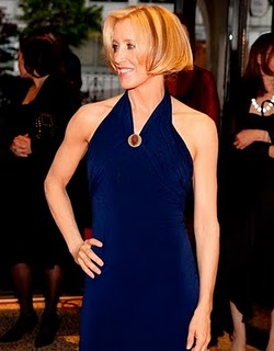 felicity-huffman-Hairstyles-Women-over-45