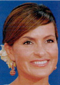 mariska-hargitay-Hairstyles-Women-over-45