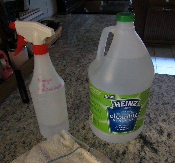 Heinz Cleansing Vinegar Compute cleaning solution