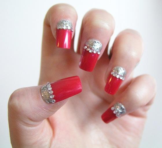 Valentine-Manicure-Red-Silver-Sparkle