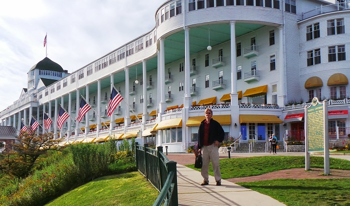 The Grand Hotel Mackinac Island Style