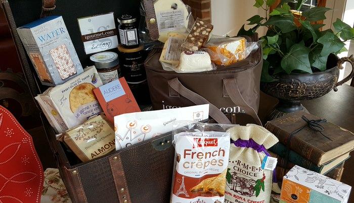 iGourmet Goumet Treasures for her Gift Trunk Gift Basket Selections Mothers Day