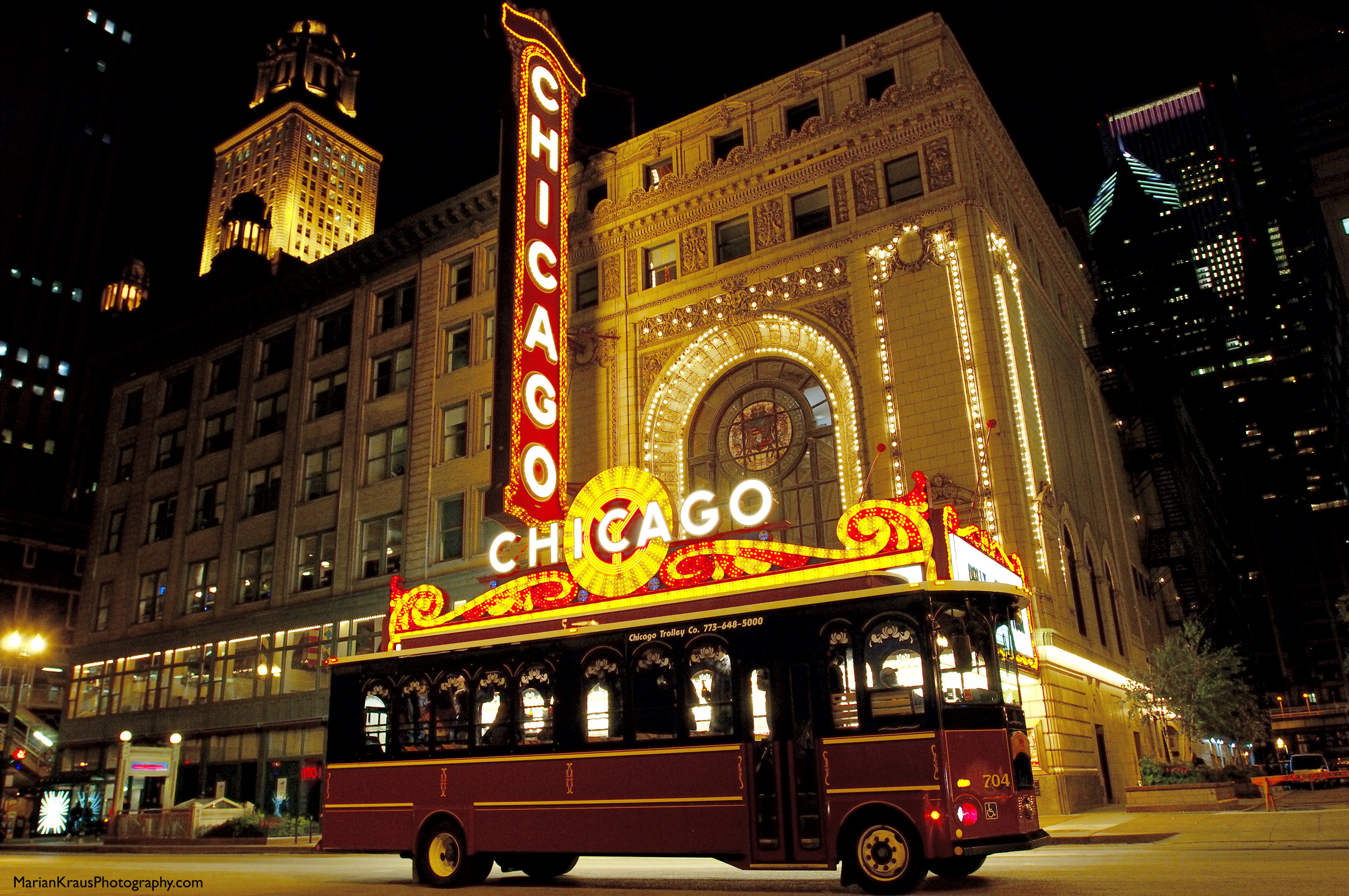 CHICAGO TROLLEY & DOUBLE DECKER COMPANY–Getting around Chicago on the Cheap!