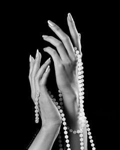 HANDS WITH PEARLS