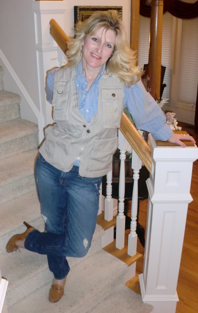 menswear-Outfits-Modeled-by-Women-over-45-2