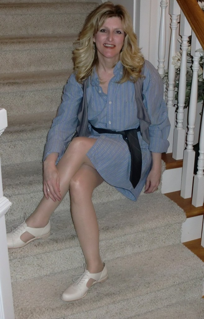 menswear-Outfits-Modeled-by-Women-over-45-3
