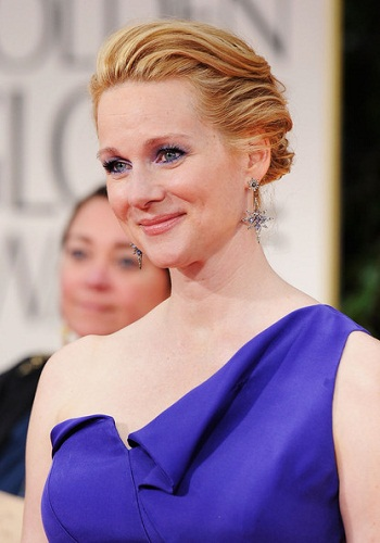 Laura Linney 48 Hairstyles for Women over 45