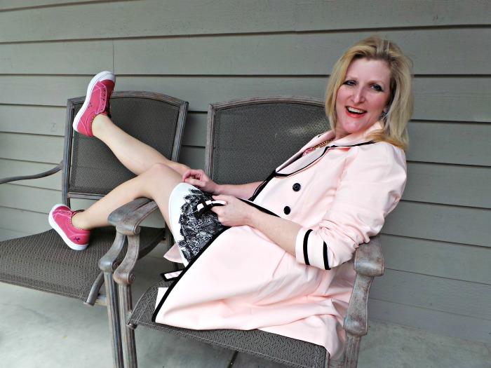 Mozo the Picnic Collection Maven Pink Shelley Zurek Chief Blonde