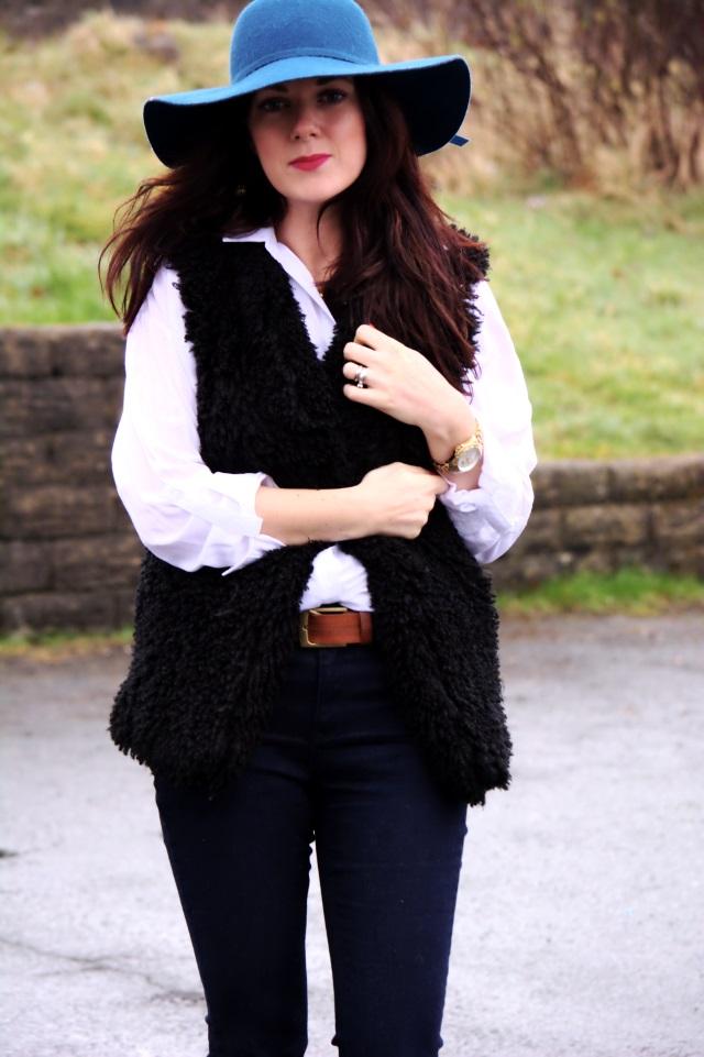 rachel 70s hat fur vest