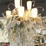 How to decorate a chandelier for Christmas Champagne